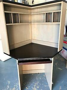 Corner Desk and Hutch Wakerley Brisbane South East Preview
