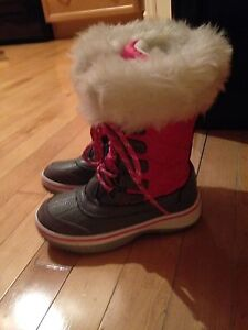 Girls size 12  winter boots