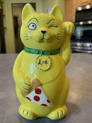 Fong's Pizza Maneki Lucky Kitty Cat Tiki Mug Tiki Farm Yellow Vase Iowa