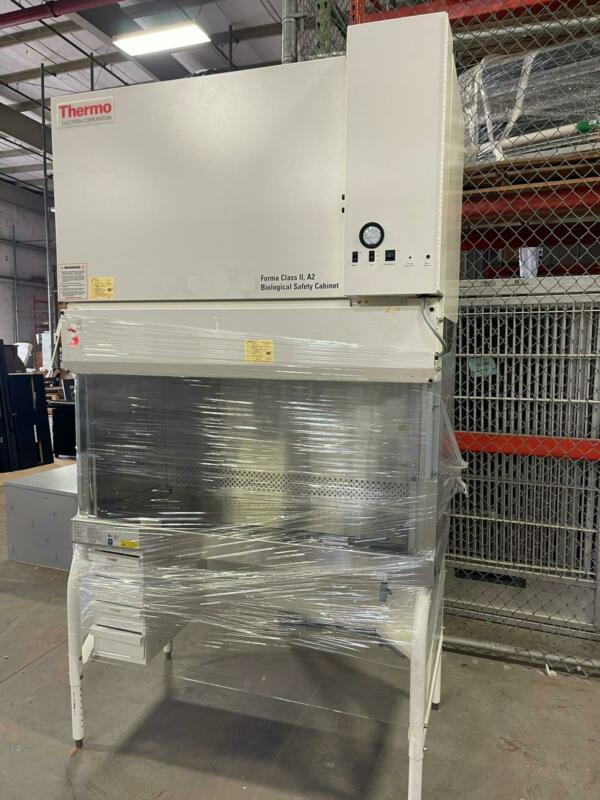 THERMO ELECTRON FORMA CLASS II, A2 BIOLOGICAL SAFETY CABINET MODEL 1284