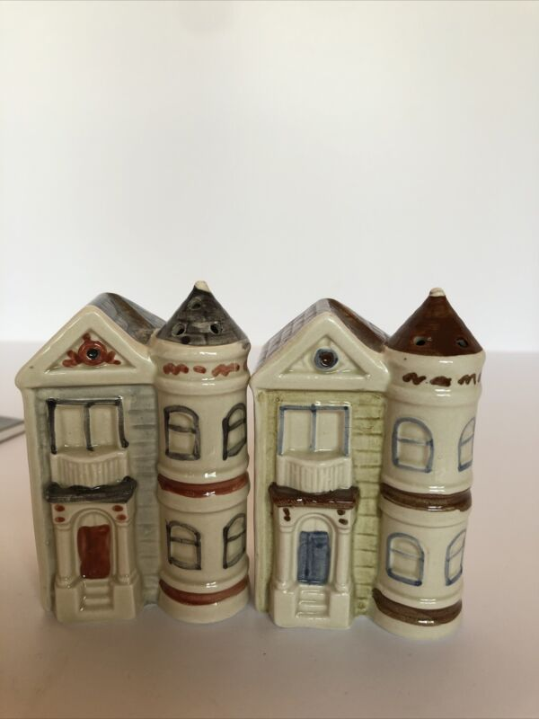 moc salt &pepper shakers houses