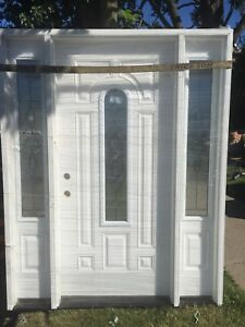 Front exterior door and sidelights