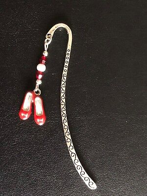 WIZARD OF OZ INSPIRED BOOKMARK DOROTHY RUBY RED ENAMEL SHOES SLIPPERS gift bag Wizard Of Oz Ruby Red Slippers
