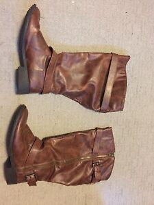 FREE size 9 1/2 boots