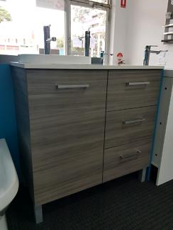 Richmond 900mm Vanity Cabinet - Australian Made