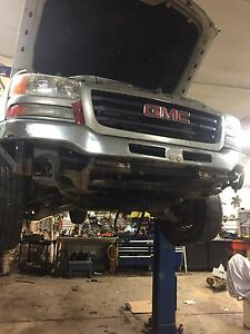 2004  Gmc 2500 crew cab Parting Out