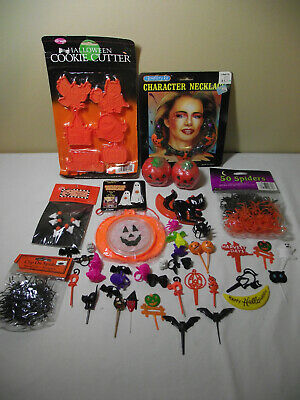 Lot Vintage Halloween Decorations, Jewelry, Plastic rings, Picks, Cookie cutters
