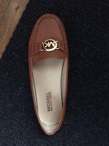 Michael kors size 6.5 loafer