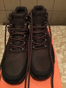 Mens Rockport winter boots 8.5 *new
