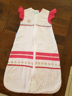 BRAND NEW CONDITION...GROBAG SLEEPING BAG FOR BABY GIRL!