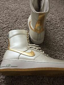 White/Gold Nike Shoes/boots