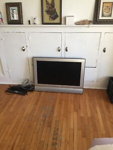Sharp lcd tv with hdmi cables and wall mounting bracket