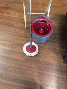 THE ULTIMATE SPIN FLOOR MOP