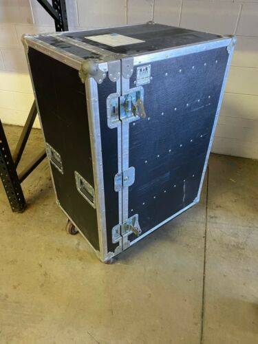R&R 4 Drawer Workbox Roadcase on Casters