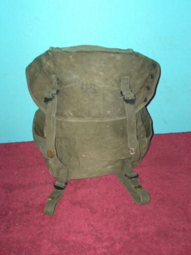 ORIG.  VIETNAM ERA OD M 1961 CANVAS COMBAT FIELD / BUTT PACK