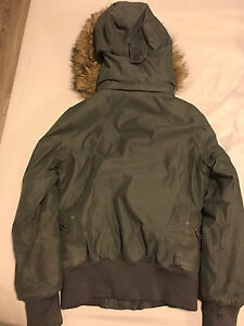 Selling tna winter coat Kitchener / Waterloo Kitchener Area image 2