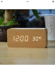 FiBisonic Wood Alarm Clock with LED Digital Display with Voice Control (Bamboo)