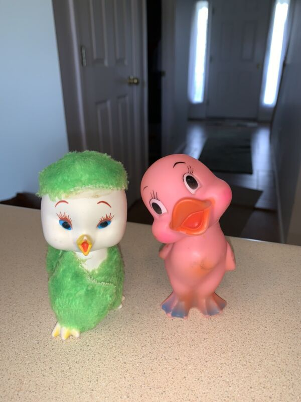 Vintage Easter Unlimited Squeak Rubber Duck Toy Lot