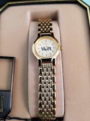 SEIKO New Women's Vintage Gold Tone Stainless Steel Bracelet WATCH. New battery