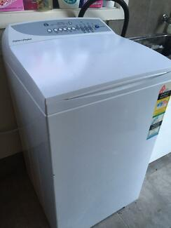 Fisher&Paykel 6.5kg top load washing machine, can deliver