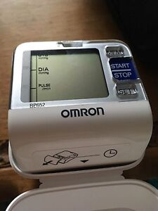 Omron small blood pressure monitor