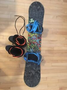 Snowboard/ snow board boots / blue bindings