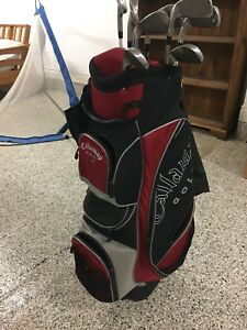 Callaway Golf Bag and 10 piece set with golf balls and pins