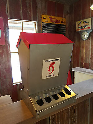 Duncans Poultry 55 Lb High Capacity Chicken Feeder Hinged Lid - Made In Usa