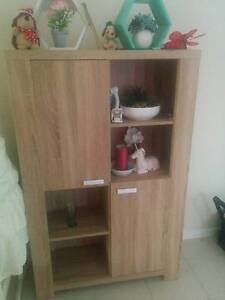 Near new cupboard/wall unit Kelso Townsville Surrounds Preview