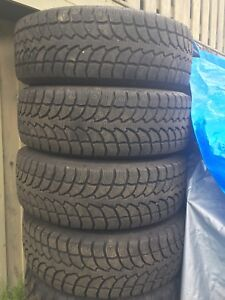 LT265/70/17 inch Winter Truck Tires on Chev Rims / LIKE NEW
