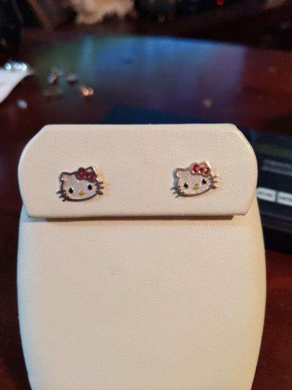 Authentic Sanrio Hello Kitty Stud Earrings Sterling Silver