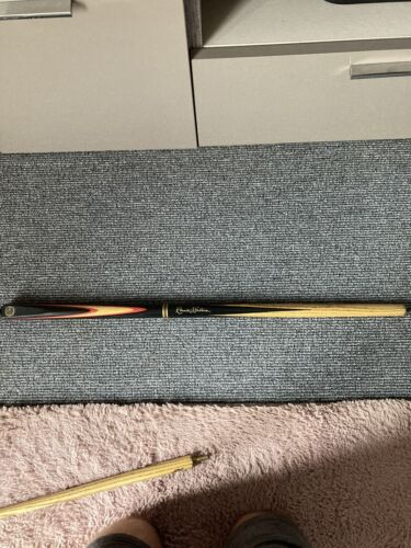 ronnie o'sullivan snooker cue Xs Shaft Used With Case