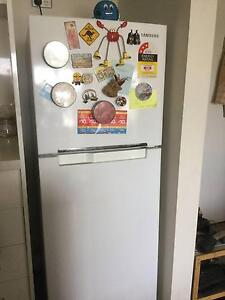 SAMSUNG Fridge 228L $200 ONLY Rhodes Canada Bay Area Preview
