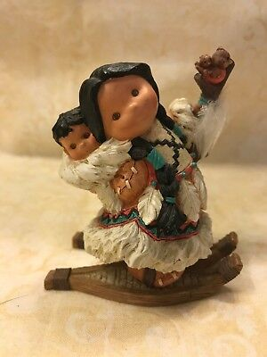 FRIENDS OF THE FEATHER GIFT OF A MOTHERS LOVE FIGURE