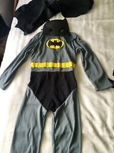 8 kids costumes age 4-6years