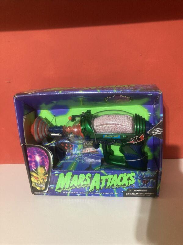 MARS ATTACKS Brain Disintegrator Raygun VINTAGE 1996 TRENDMASTERS with Box
