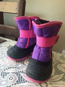 Toddler (age 2) winter boots!