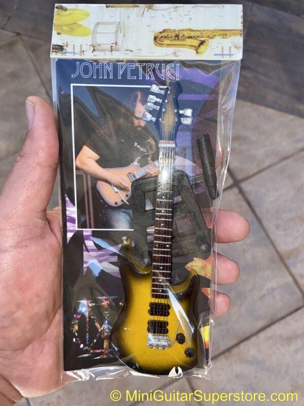 John Petrucci / Dream Theatre - Exclusive Mini Guitars / 1:6 Scale