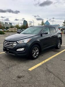2016 Hyundai Santa Fe - Sport 2.4L AWD, Luxury Package
