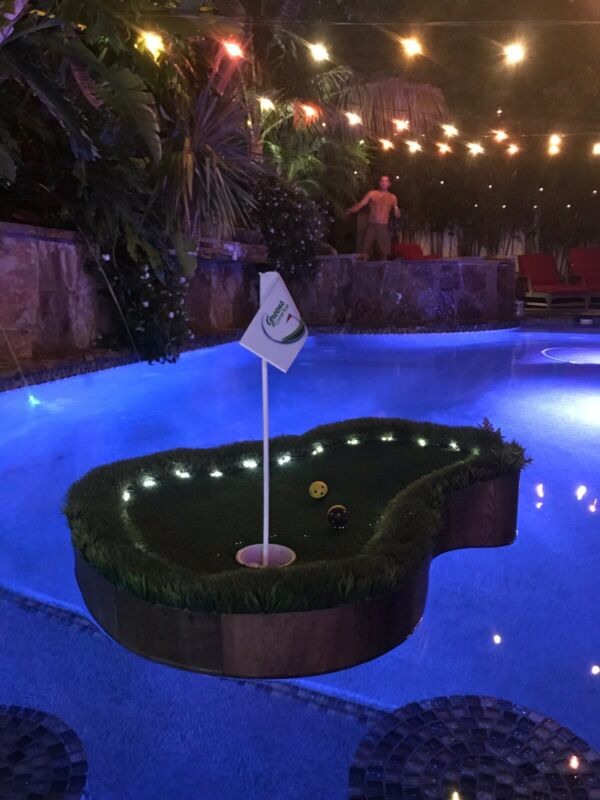 Custom Floating Golf Green With Lights
