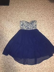 MINUET GRAD DRESS SIZE SMALL
