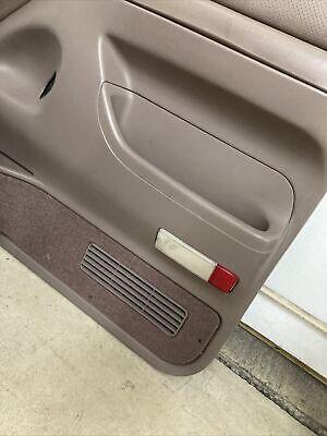 92-96 Ford F150 Bronco Door Panel Courtesy LIGHT LENS PASSENGER F250 97 F350