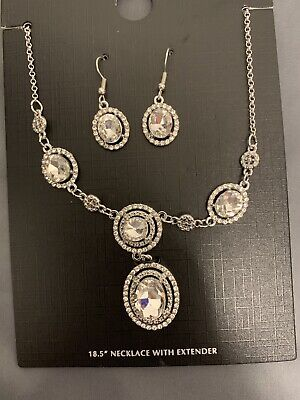 - ACCENT FASHION JEWELRY CRYSTAL NECKLACE & EARRINGS SET