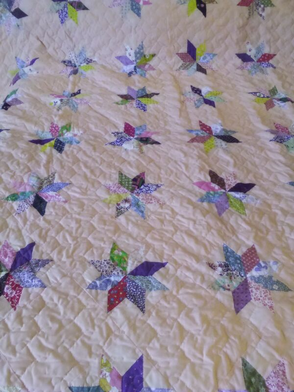 BEAUTIFUL VINTAGE HAND & MACHINE STITCHED  8 POINT STAR QUILT FABULOUS CONDITION