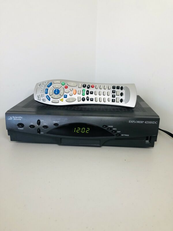 Scientific Atlanta Cable Box Receiver With Remote - Explorer 4250HDC