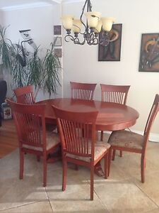 "Dining Table w/6 chairs and 18"" leaf ext.   solid wood"