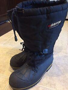 Baffin steel toed winter boots-barely used