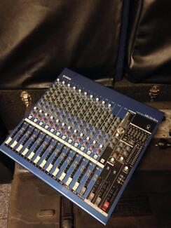 Yamaha MG16/6FX Mixing Console