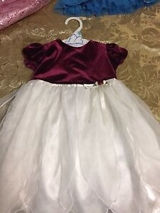 Cute toddler Christmas dress size 04 London Ontario image 1