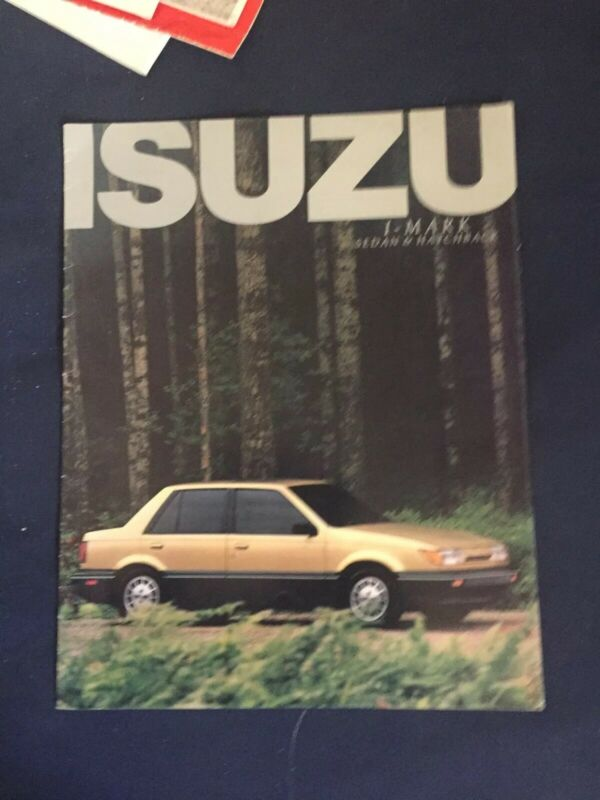 1986 Isuzu IMark Color Sales Brochure Catalog Prospekt